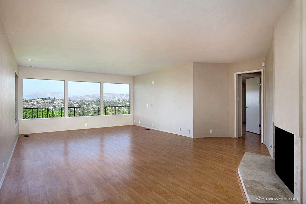 Photo 6: MOUNT HELIX House for rent : 4 bedrooms : 11211 Constellation Drive in El Cajon