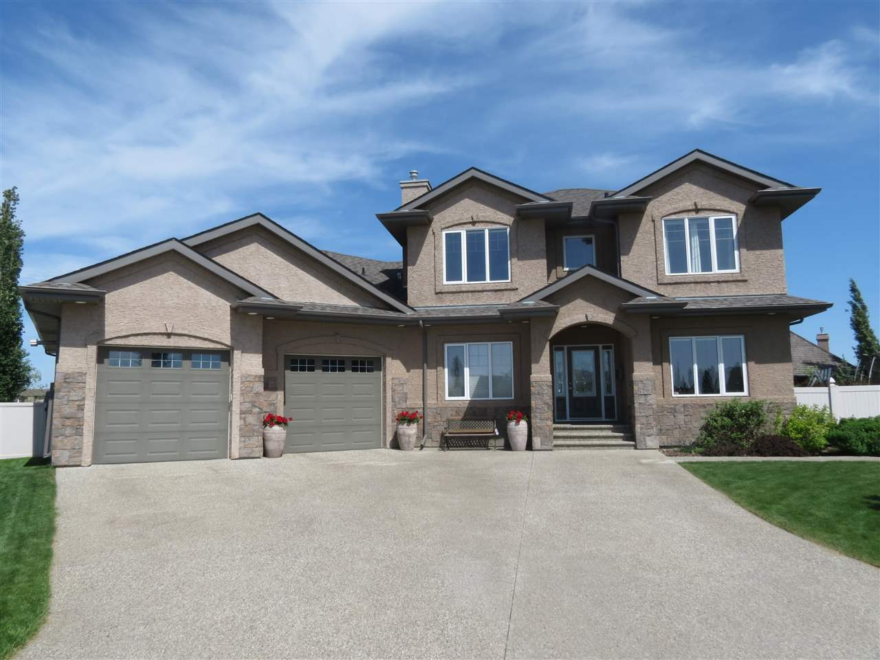 Main Photo: 9706 101 Avenue: Morinville House for sale : MLS(r) # E4052808