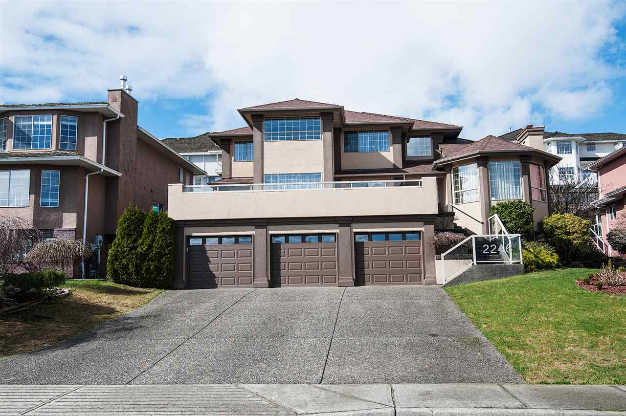 Main Photo: 2246 SICAMOUS Avenue in Coquitlam: Coquitlam East House for sale : MLS(r) # R2148046