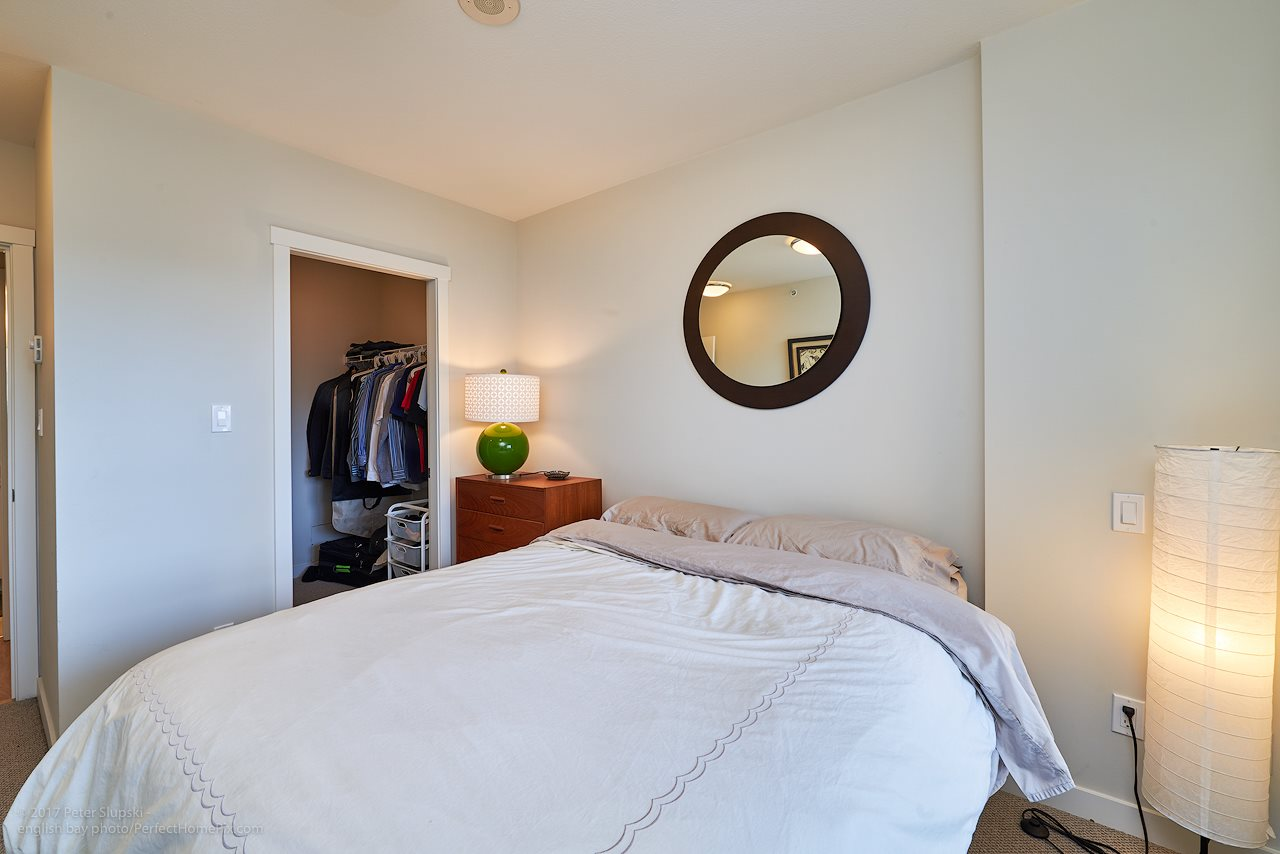 "Photo 9: 505 125 COLUMBIA Street in New Westminster: Downtown NW Condo for sale in ""NORTHBANK"" : MLS® # R2158737"