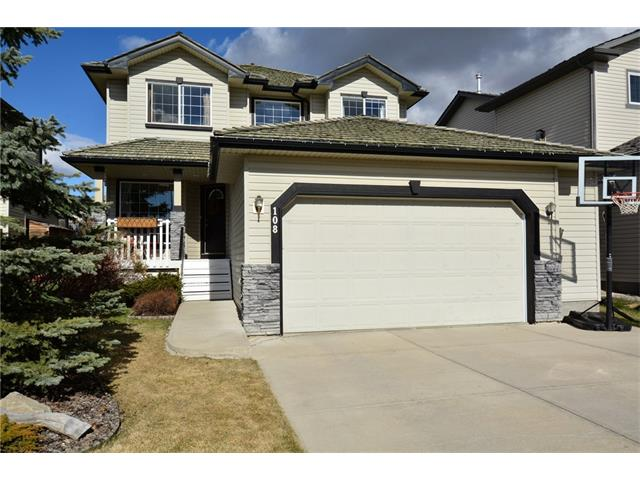 Main Photo: 108 GLENEAGLES Terrace: Cochrane House for sale : MLS(r) # C4113548