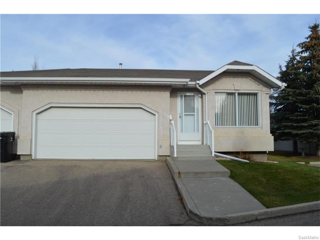 Main Photo: 108 330 Laronge Road in Saskatoon: River Heights SA Residential for sale : MLS® # SK609134