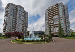 "Main Photo: 206 3170 GLADWIN Road in Abbotsford: Central Abbotsford Condo for sale in ""Regency Park"" : MLS(r) # R2172337"