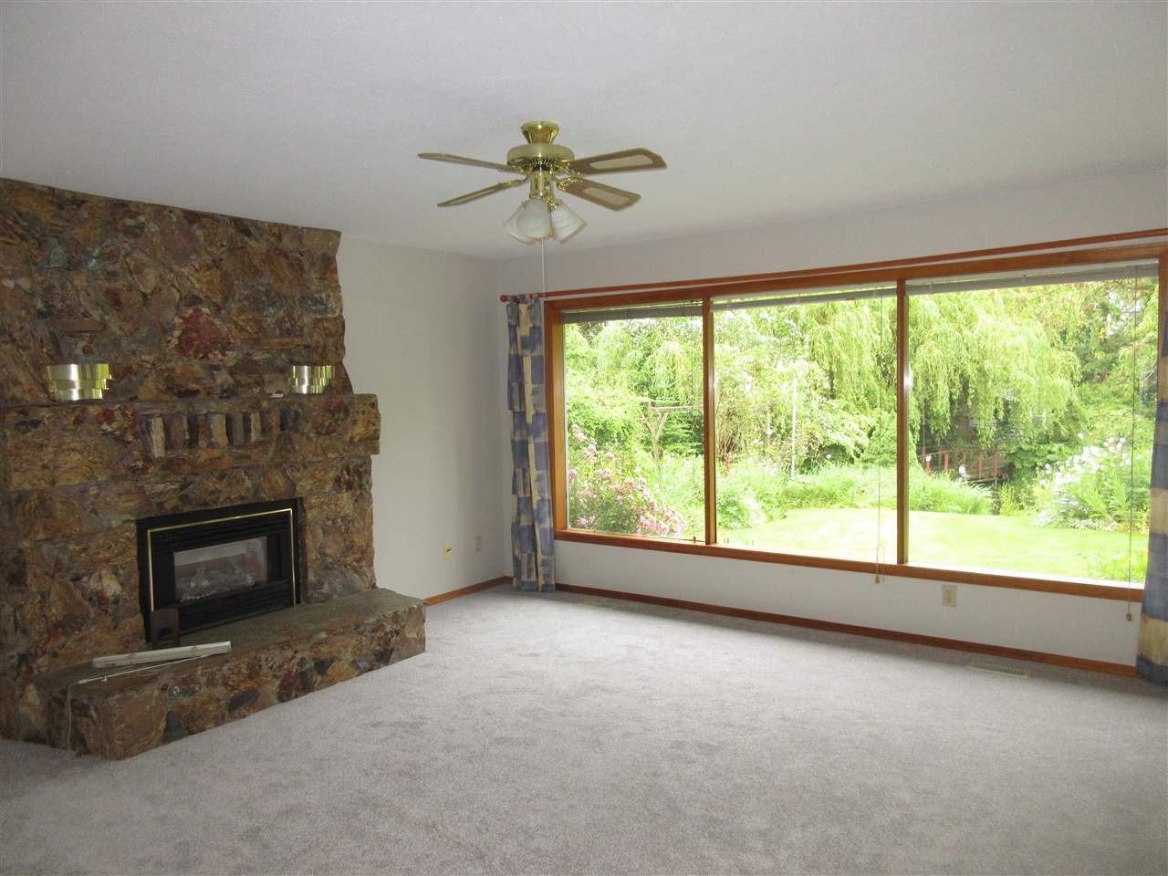 Photo 11: 45625 WORTHINGTON Place in Sardis: Sardis West Vedder Rd House for sale : MLS(r) # R2176017