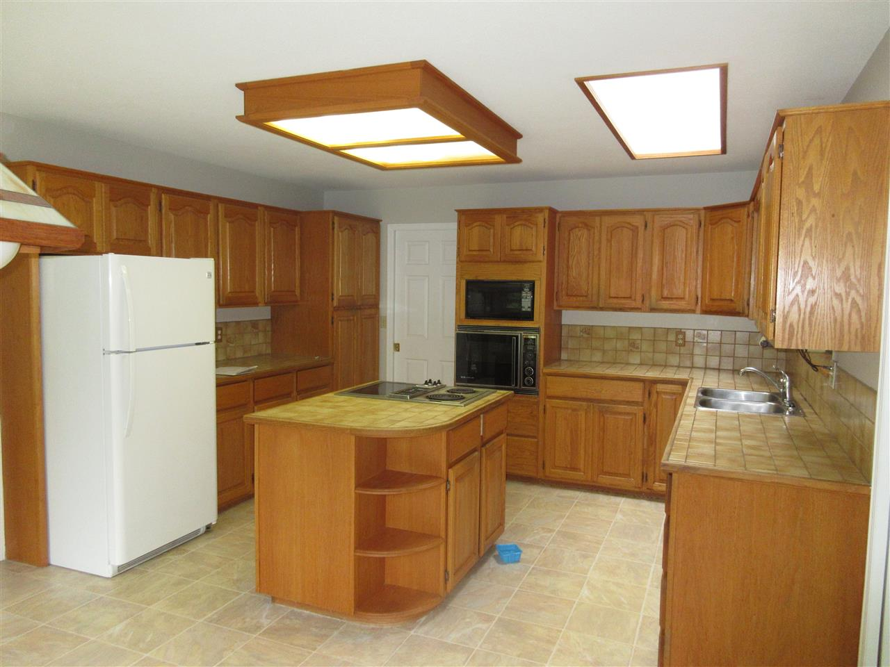 Photo 13: 45625 WORTHINGTON Place in Sardis: Sardis West Vedder Rd House for sale : MLS(r) # R2176017