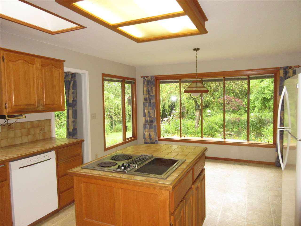 Photo 14: 45625 WORTHINGTON Place in Sardis: Sardis West Vedder Rd House for sale : MLS(r) # R2176017