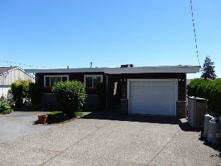 Main Photo: 15678 BUENA VISTA Avenue: White Rock House for sale (South Surrey White Rock)  : MLS(r) # R2181422
