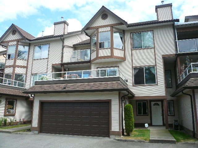 "Main Photo: 35 23151 HANEY Bypass in Maple Ridge: East Central Townhouse for sale in ""STONEHOUSE ESTATES"" : MLS(r) # R2190875"