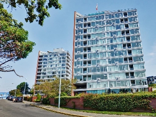 Main Photo: 705 325 Maitland Street in VICTORIA: VW Victoria West Condo Apartment for sale (Victoria West)  : MLS(r) # 381156