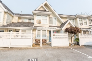 "Main Photo: 28 23560 119 Avenue in Maple Ridge: Cottonwood MR Townhouse for sale in ""HOLLYHOCK"" : MLS®# R2194339"