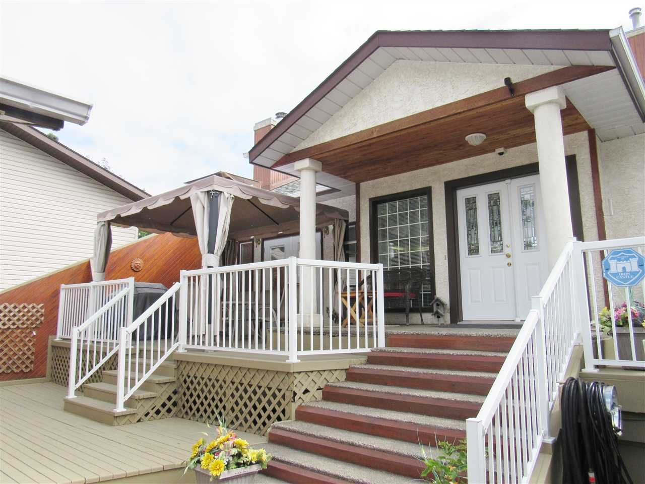 Main Photo: 9809 154 Street in Edmonton: Zone 22 House for sale : MLS® # E4077165