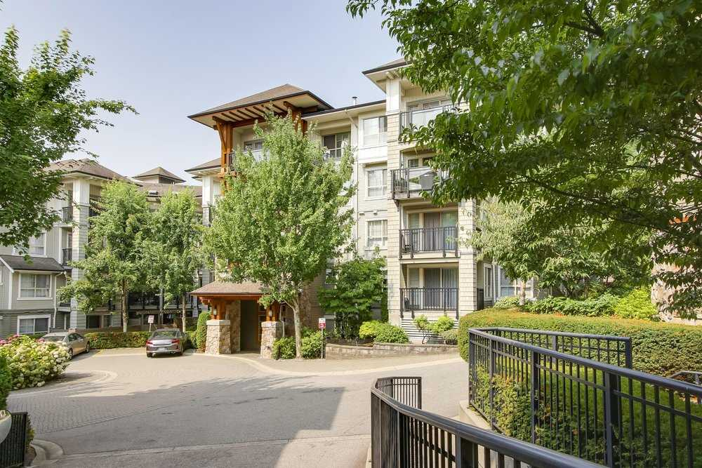 "Main Photo: 214 2958 SILVER SPRINGS BLV Boulevard in Coquitlam: Westwood Plateau Condo for sale in ""Tamarisk"" : MLS® # R2197018"