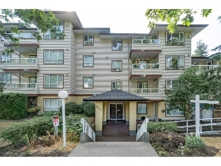 "Main Photo: 403 5667 SMITH Avenue in Burnaby: Central Park BS Condo for sale in ""COTTONWOOD SOUTH"" (Burnaby South)  : MLS® # R2197576"