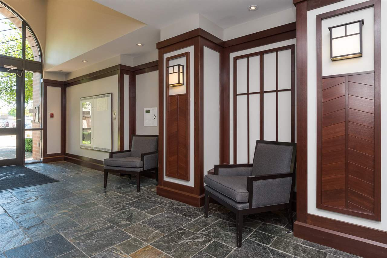 "Photo 2: 707 1551 FOSTER Street: White Rock Condo for sale in ""Sussex House"" (South Surrey White Rock)  : MLS® # R2205438"