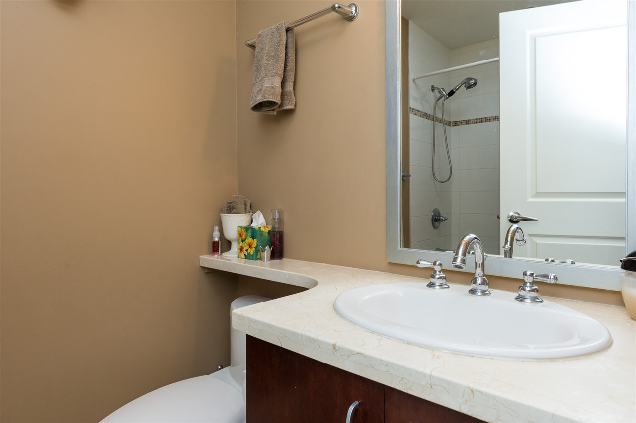 "Photo 13: 707 1551 FOSTER Street: White Rock Condo for sale in ""Sussex House"" (South Surrey White Rock)  : MLS® # R2205438"