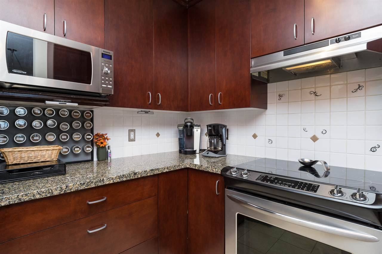 "Photo 7: 707 1551 FOSTER Street: White Rock Condo for sale in ""Sussex House"" (South Surrey White Rock)  : MLS® # R2205438"