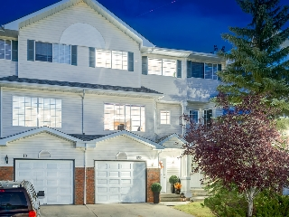Main Photo: 22 Lincoln Green SW in : Lincoln Park House for sale (Calgary)  : MLS® # c4138236