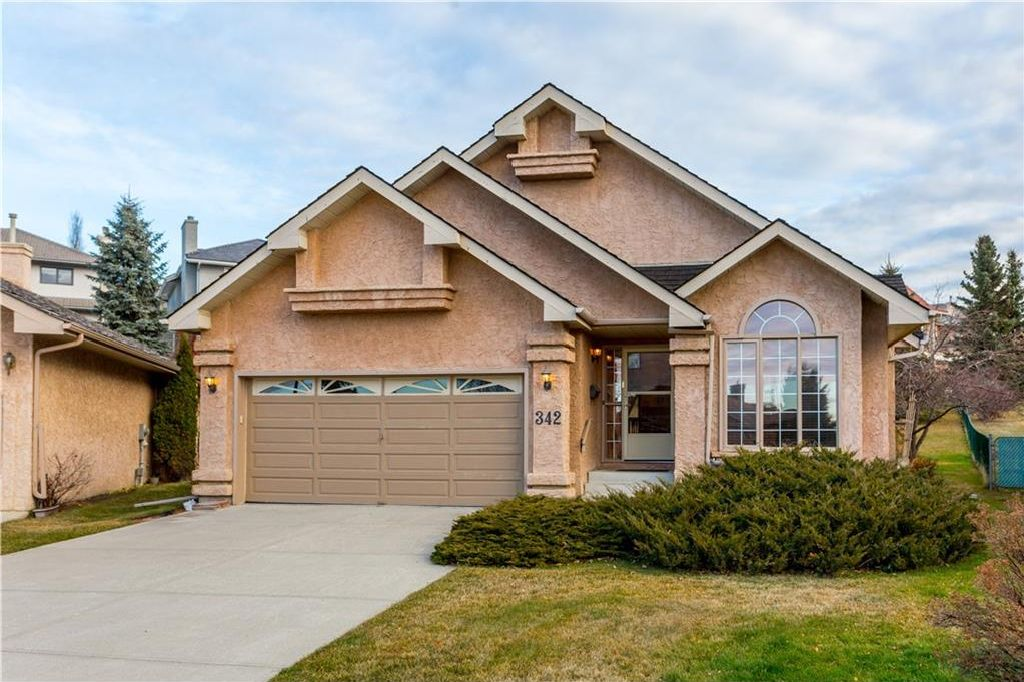 Main Photo: 342 HAWKSIDE Mews NW in Calgary: Hawkwood House for sale : MLS®# C4143291
