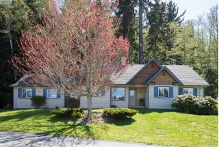 Main Photo: 7201 AUSTINS Place in SOOKE: Sk Whiffin Spit Single Family Detached for sale (Sooke)  : MLS® # 385356