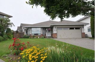"Main Photo: 19718 WILLOW Way in Pitt Meadows: Mid Meadows House for sale in ""SOMERSET"" : MLS®# R2278654"