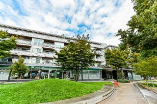 Main Photo: 409 3333 MAIN Street in Vancouver: Main Condo for sale (Vancouver East)  : MLS®# R2301367
