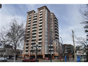 Main Photo: 402 930 Yates Street in VICTORIA: Vi Downtown Condo Apartment for sale (Victoria)  : MLS(r) # 290238