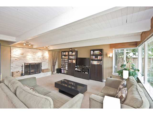 Photo 3: 135 RICKMAN Place in New Westminster: The Heights NW House for sale : MLS(r) # V892904