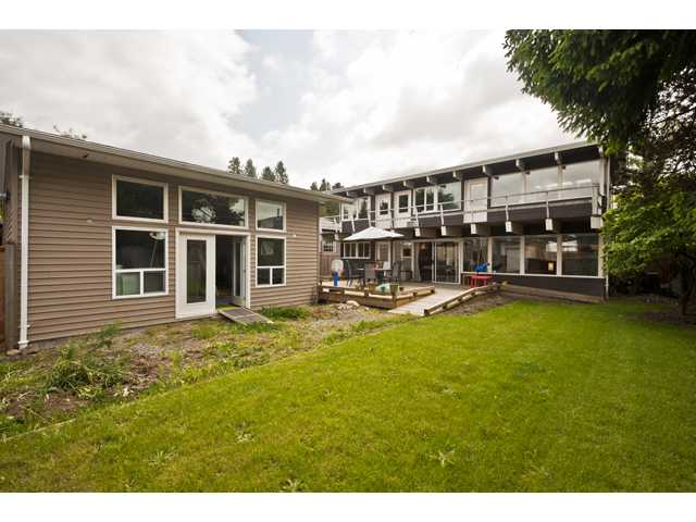 Photo 10: 135 RICKMAN Place in New Westminster: The Heights NW House for sale : MLS(r) # V892904