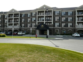 Main Photo: 40 Dunkirk Drive in WINNIPEG: St Vital Condominium for sale (South East Winnipeg)  : MLS(r) # 1119316