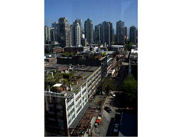 "Photo 16: 1405 212 DAVIE Street in Vancouver: Yaletown Condo for sale in ""Parkview Gardens"" (Vancouver West)  : MLS(r) # V1045499"