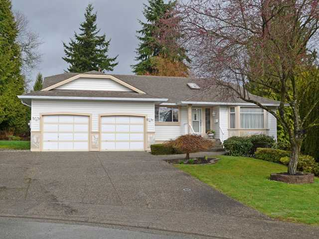 "Main Photo: 990 CRYSTAL Court in Coquitlam: Ranch Park House for sale in ""RANCH PARK"" : MLS(r) # V1053447"