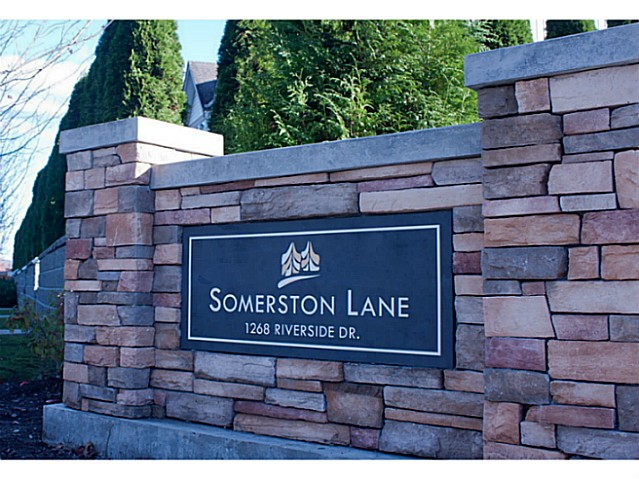 "Main Photo: 8 1268 RIVERSIDE Drive in Port Coquitlam: Riverwood Townhouse for sale in ""SOMERSTONE LANE"" : MLS®# V1058093"