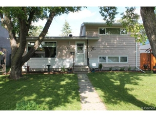 Main Photo: 93 Addison Crescent in WINNIPEG: Westwood / Crestview Residential for sale (West Winnipeg)  : MLS® # 1415012