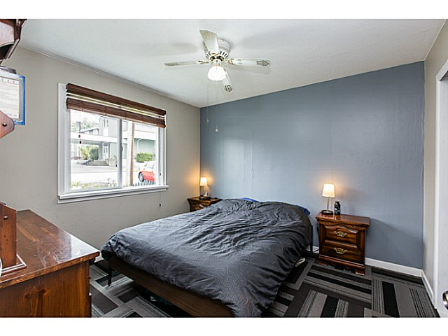 Photo 3: 2212 EIGHTH Avenue in New Westminster: Connaught Heights House for sale : MLS® # V1119564