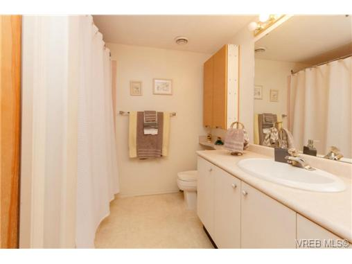 Photo 10: 107 3009 Brittany Drive in VICTORIA: La Jacklin Condo Apartment for sale (Langford)  : MLS® # 360976