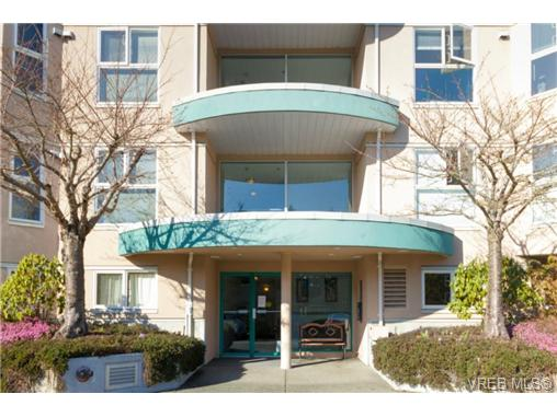 Main Photo: 107 3009 Brittany Drive in VICTORIA: La Jacklin Condo Apartment for sale (Langford)  : MLS® # 360976