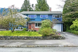 Main Photo: 748 HANDSWORTH Road in North Vancouver: Canyon Heights NV House for sale : MLS(r) # R2049392