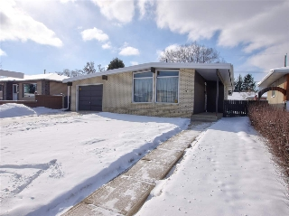 Main Photo:  in Edmonton: Zone 18 House for sale : MLS(r) # E4054475
