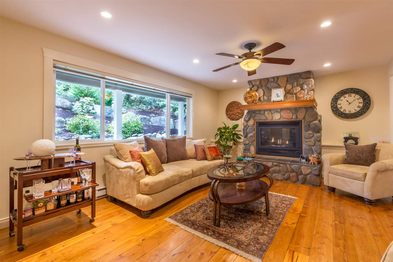 "Main Photo: 8085 SOUTHWOOD Road in Halfmoon Bay: Halfmn Bay Secret Cv Redroofs House for sale in ""WELCOME WOODS"" (Sunshine Coast)  : MLS® # R2147479"