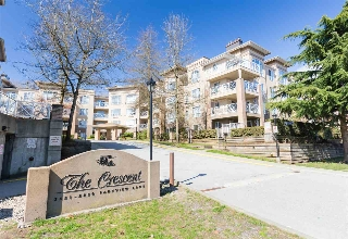 "Main Photo: 104 2551 PARKVIEW Lane in Port Coquitlam: Central Pt Coquitlam Condo for sale in ""THE CRESCENT"" : MLS(r) # R2154419"