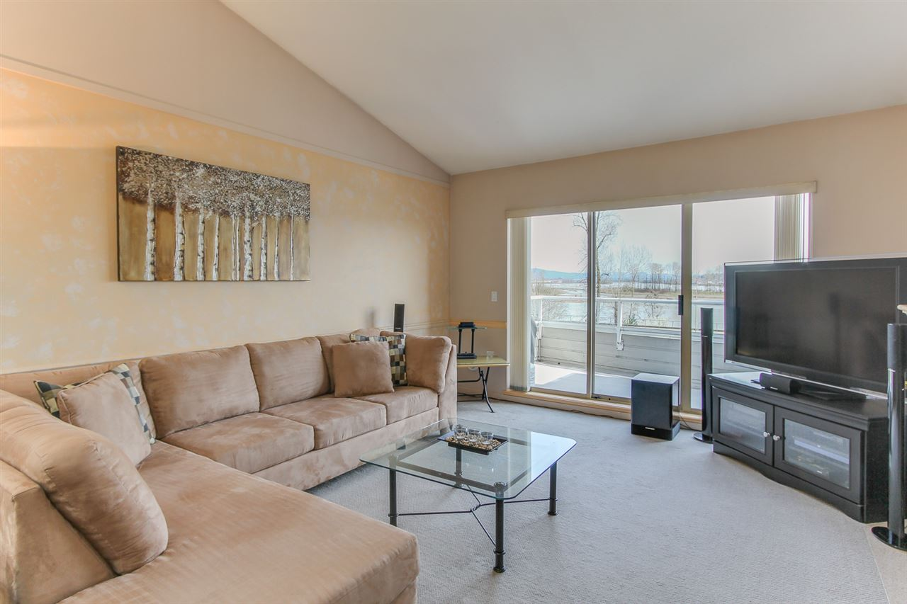 Photo 6: 21 323 GOVERNORS Court in New Westminster: Fraserview NW Townhouse for sale : MLS® # R2155751