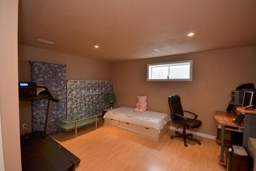 Photo 26: 1905 37A Avenue in Edmonton: Zone 30 House for sale : MLS(r) # E4063274