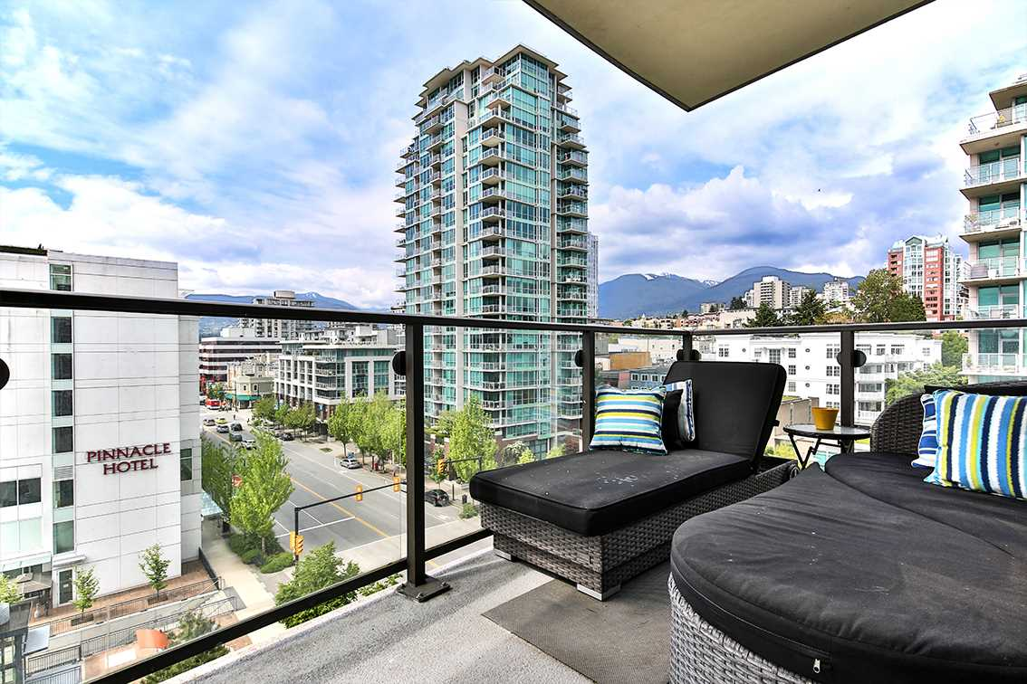 Photo 10: 908 162 VICTORY SHIP WAY in North Vancouver: Lower Lonsdale Condo for sale : MLS(r) # R2166439
