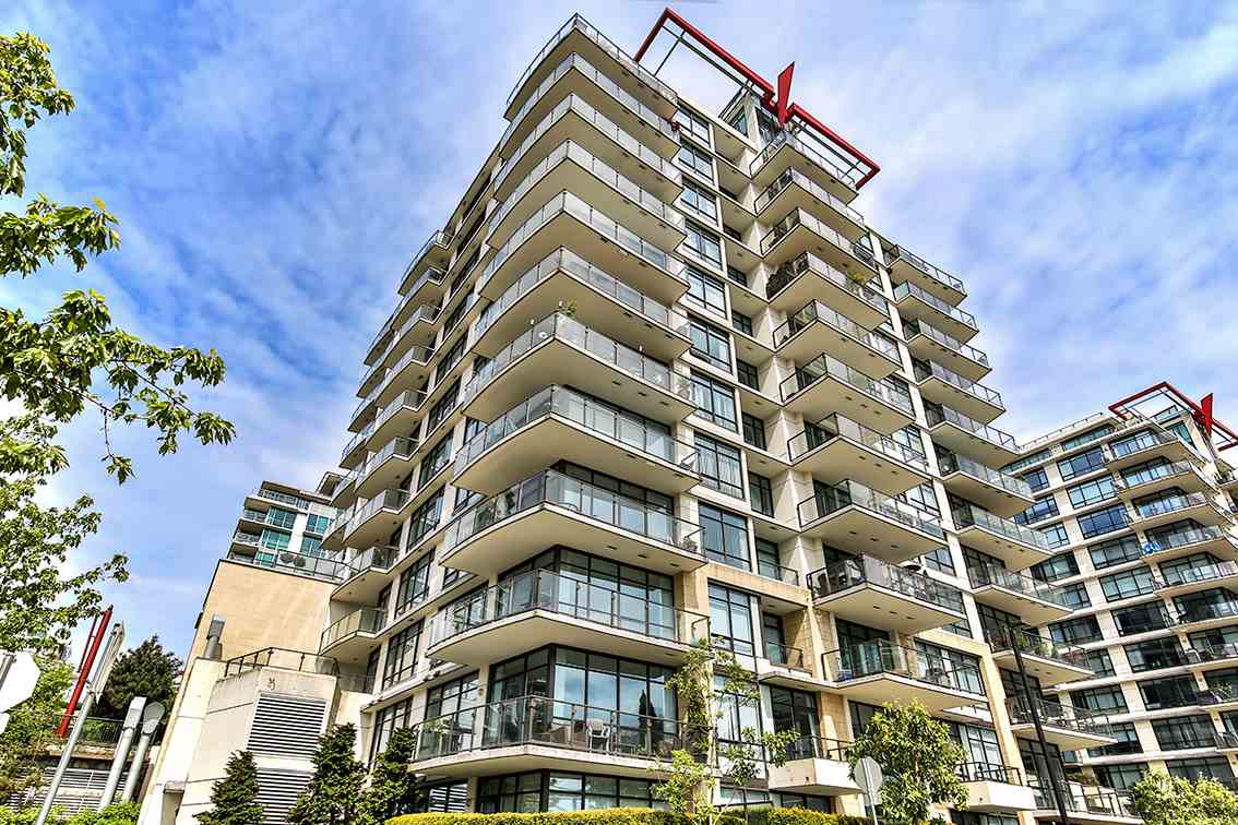 Main Photo: 908 162 VICTORY SHIP WAY in North Vancouver: Lower Lonsdale Condo for sale : MLS® # R2166439