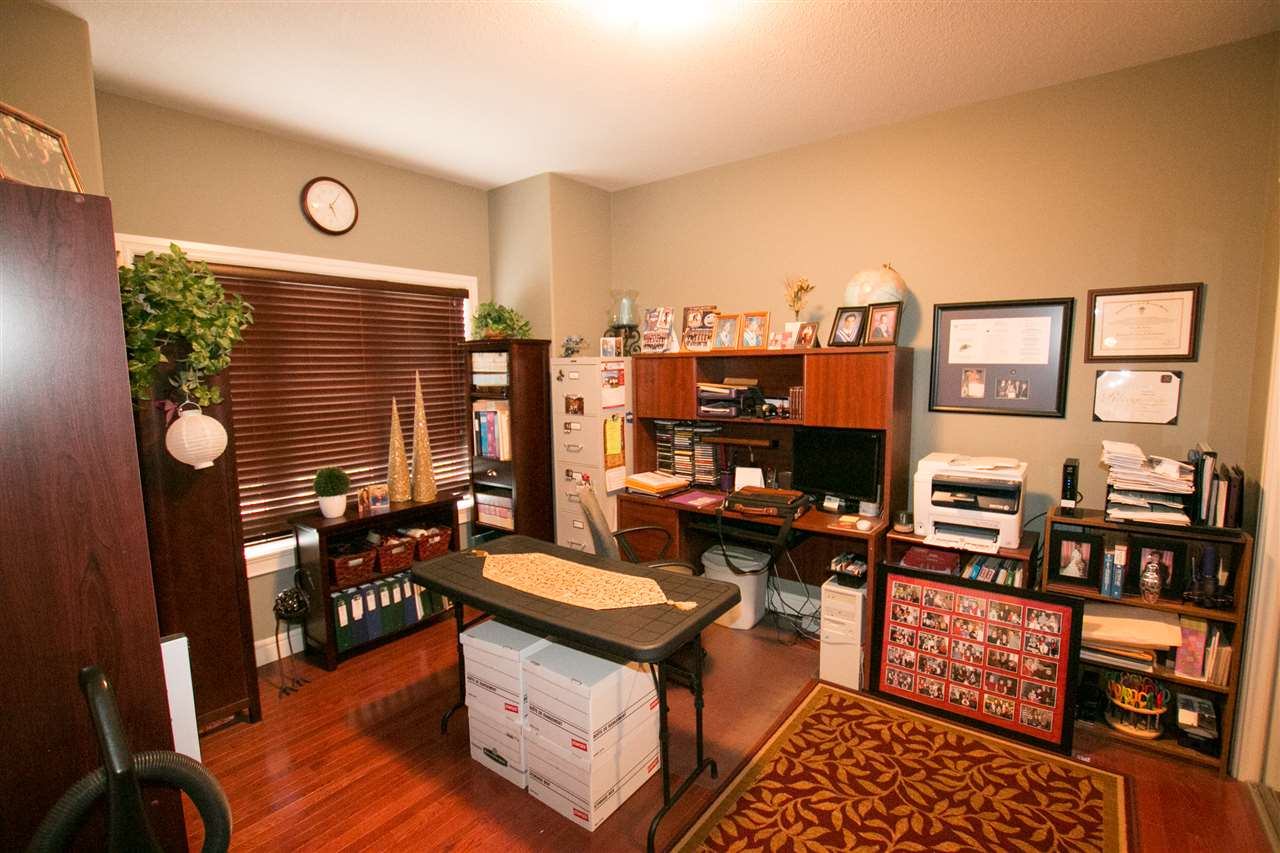 Photo 3: 46 NEWBURY Court: St. Albert House for sale : MLS(r) # E4068631