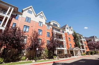 Main Photo: 109 9819 96A Street in Edmonton: Zone 18 Condo for sale : MLS® # E4077696