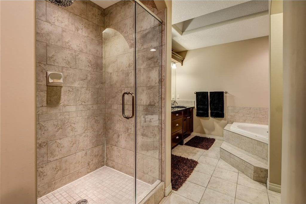 Photo 19: 101 TUSSLEWOOD Bay NW in Calgary: Tuscany House for sale : MLS® # C4136275