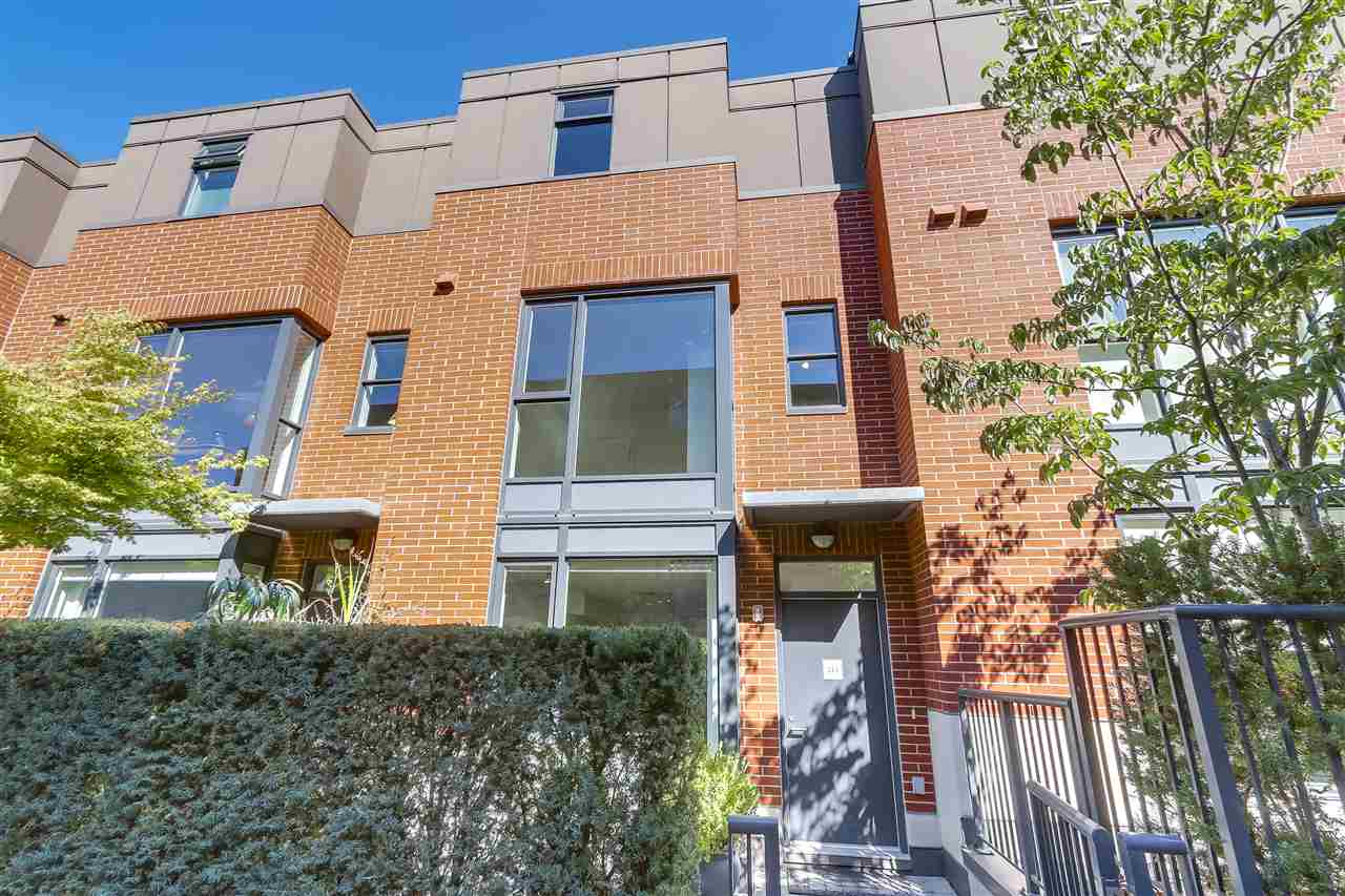 "Photo 20: 214 1961 COLLINGWOOD Street in Vancouver: Kitsilano Townhouse for sale in ""VIRIDIAN GREEN"" (Vancouver West)  : MLS® # R2205025"