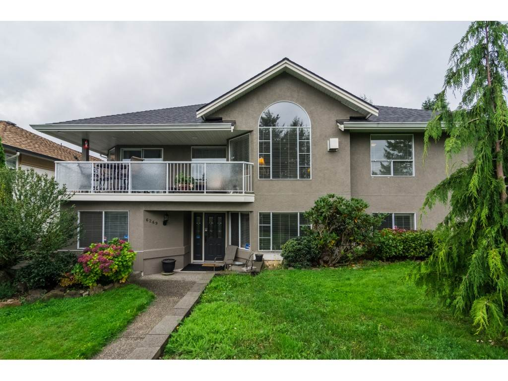 "Main Photo: 6269 192ND Street in Surrey: Cloverdale BC House for sale in ""Bakerview"" (Cloverdale)  : MLS®# R2213869"