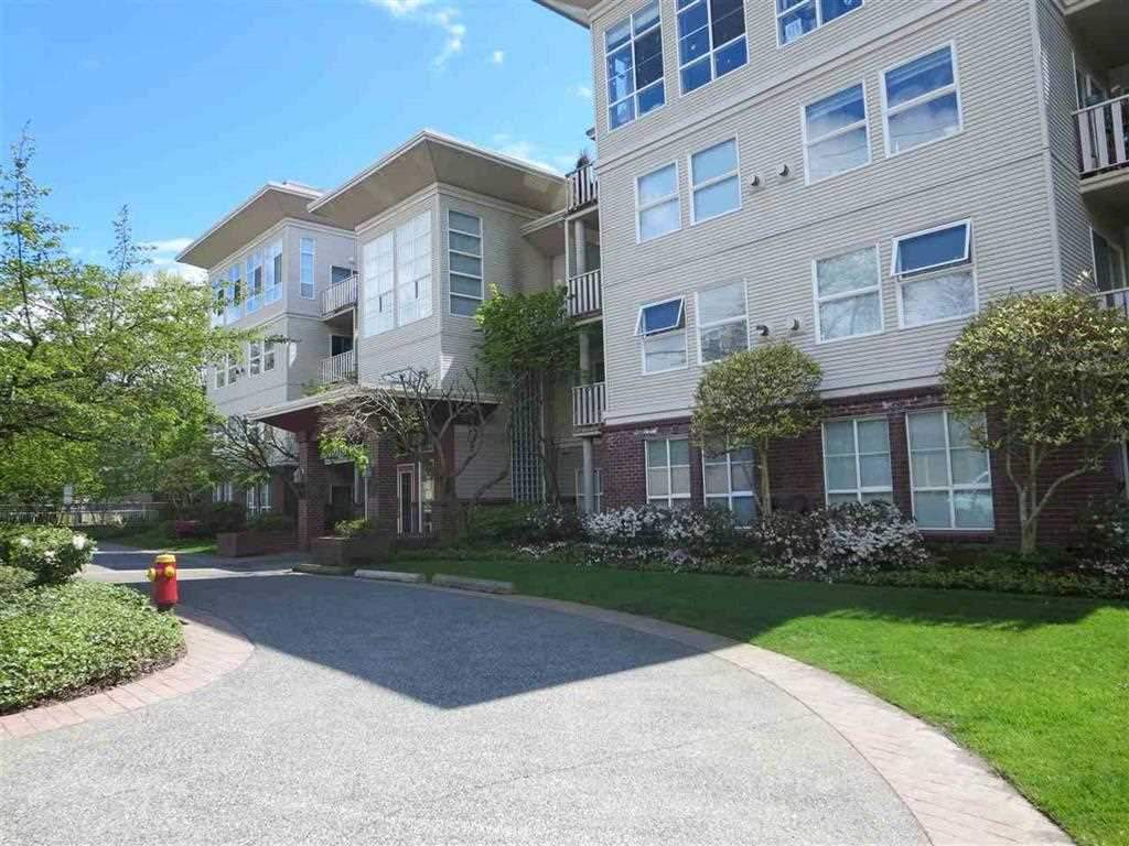 "Main Photo: 207 522 SMITH Avenue in Coquitlam: Coquitlam West Condo for sale in ""Sedona"" : MLS® # R2242435"